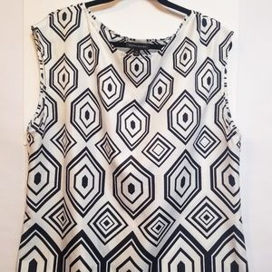 Banana Republic Women's Sz XL Sleeveless Top.